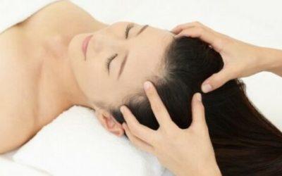 Masajes en el cuero cabelludo para evitar alopecia