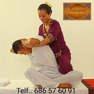 El masaje tradicional tailandés abarca todo el cuerpo mediante diversas y poderosas técnicas. Consiste en un masaje de estiramiento y de profundidad. El Masaje Thai Tradicional proporciona una relajación profunda, además de aliviar tensiones, contracturas y ayuda a gestionar de modo mejor el estrés. Es una técnica en la cual no se utilizan aceites. El paciente está vestido con ropa cómoda que permite la libertad para el movimiento. Ven a probar un auténtico lujo terapéutico delvreino de Siam. Telf... 686 57 60 91 #Masajes #MasajeTailandes #ThaiMassage #MassageMadrid #Massage #MasajeMadrid #XiaoYing #Bienestar #Salud